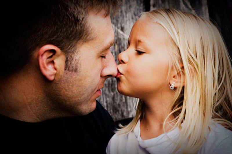 Как да възпитавате дъщеря – съвети за татковци