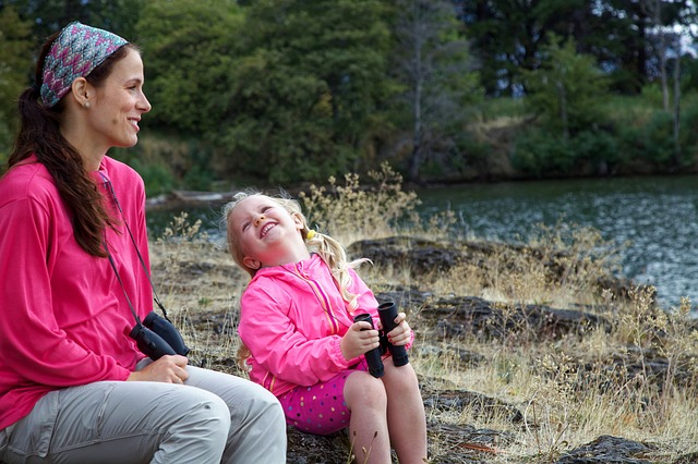 Защо е изтощително да бъдем емпатични майки?
