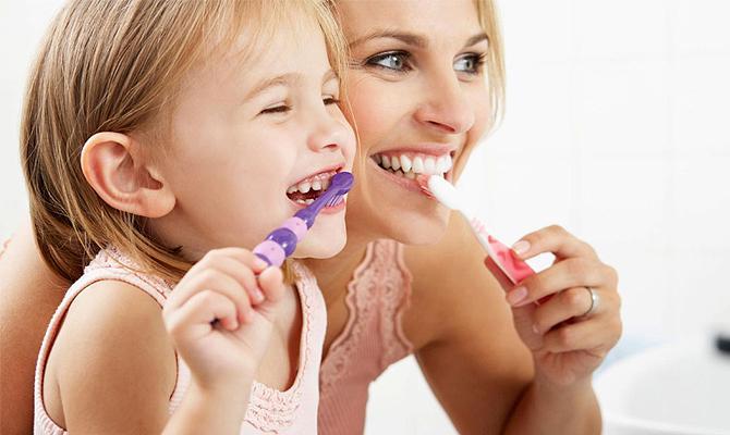 Четки за зъби при децата