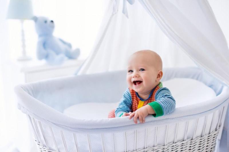 Цвят на очите при новородени – от какво зависи и как се променя?