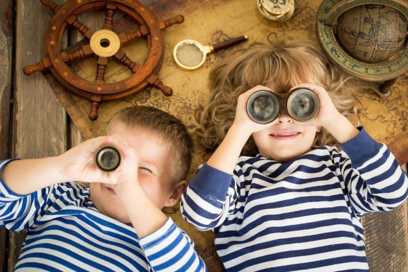 Защо по-големите деца не трябва да бъдат бавачки на по-малките си братя и сестри